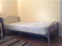 Single metal bed frame incl. mattress