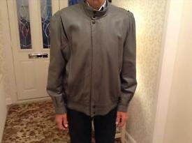 Gent's Grey Leather Jacket