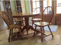Oak dining table NOW SOLD