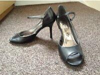 Size 5 shoe/sandal