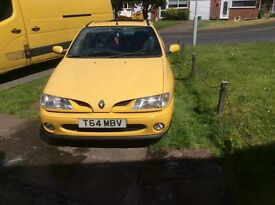 Spares or Repair. Renault Megane Sport 1999 (T reg) 39090 miles from new!