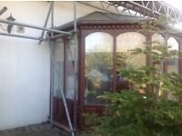 Timber conservatory buyer dismantles and collets