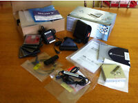Sony MiniDisc Player MZ-N710 (silver) & 5 Sony 80min MiniDiscs & 2 new rechargeable batteries.
