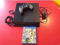 Sony PlayStation 4 500 GB Jet Black Console + Controller + Fifa 17 Game Bundle