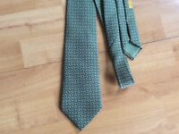 Hermes Tie, excellent condition, vintage design, authentic