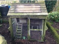 Chicken coop - for three / four hens. lovely wooden coop with small area beneath.