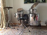 7 piece drum kit in excellent condition from Session Pro.