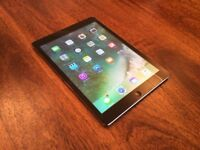 Apple iPad Air 1st Generation 16GB, Wi-Fi + Cellular, 9.7in - Space Grey