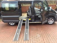 2006 56 Nissan primastar mini bus 9 seater,no vat Wheel chair access also,,2 side loading doors