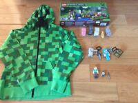 Minecraft bundle - hoodie 7-8 yrs , Lego farm 2114, key rings & figures