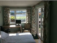 Nice double room with en suite bathroom and private entrance