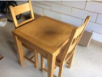 SOLID OAK KITCHEN / DINING TABLE AND CHAIRS
