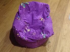 Groovy chick beanbag chair