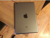 Apple iPad mini 2 with Retina display 16gb boxed xmas gift silver