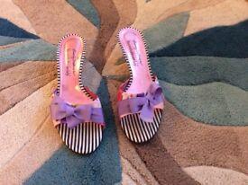 Kitten heels mules