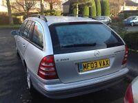 Mercedes C200 Estate - Silver, Unleaded fuel, Automatic Gears, model Komp Avantgarde