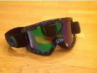 DRAGON ROGUE SKI GOGGLES BLACK WITH GREEN AND BLUE