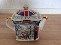 Patriotic Teapot