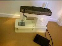 Sewing machine for sale SINGER