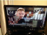 """Flatscreen 42"""" LG Tv"""