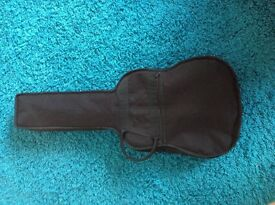 Childs guitar & case hardly used excellent condition