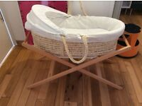 John Lewis Mosses Basket with stand ( eight sheets and two covers) - Free delivery