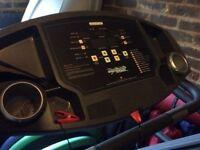 Smooth Fitness 7.25E motorised Treadmill