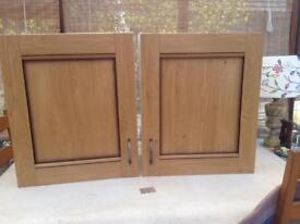 Kitchen cupboards oak and oak effect