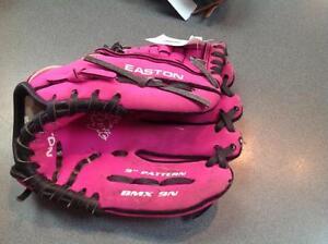 Easton baseball glove -pink (sku: Z11708)