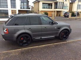 Matt metalic grey Range Rover sport