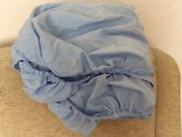 Single fitted sheet, pale blue, polyester & cotton