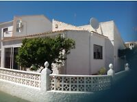 Spanish detached bungalow between Alicante and Murcia airports.