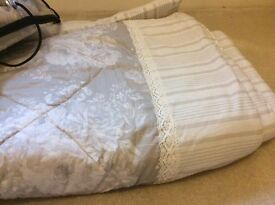 King size cotton bed throw