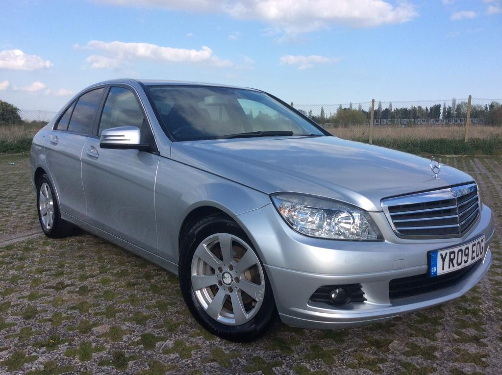 2009 mercedes benz c class 2 1 c200 cdi se 4 door saloon full service history in southend on. Black Bedroom Furniture Sets. Home Design Ideas