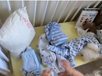 Free bundle of newborn clothes (boy) up to 1 month