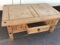 Pine TV stand / Coffee table / magazine / telephone / Occasional