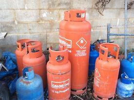4 propane 19 kg 2 butane 7kg £5 each