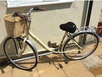 Pro bike City Discovery (18' Frame) Hybrid Ladies Bike - Cream