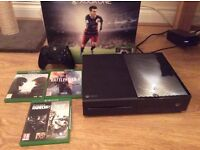 X-Box One 500GB with Rainbow Six, Halo Guardians, Fifa 16, Battlefield 1