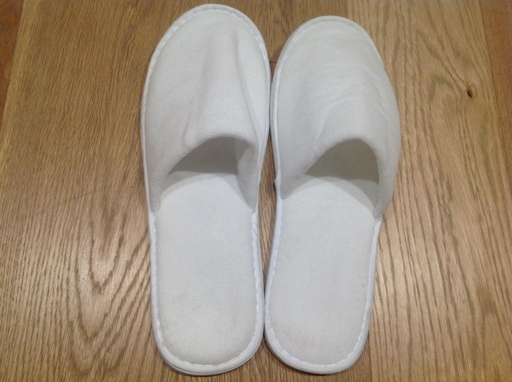 BRAND NEW pairs of ONE SIZE ADULT UNISEX white slippers