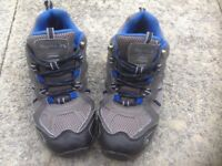 Boy's Regatta Crossland Low Junior Hiking Shoes