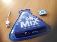 2gb Apple iPod shuffle bundle