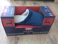 Men's slippers - brand new, size 9-10