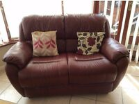 Bergundy 2 seater leather sofa for sale