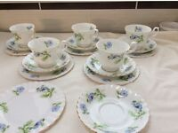 Richmond blue poppy tea set, 5 cups (one cup is damaged- scrap !) 6plates and saucers.