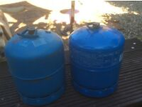 907 x 2 Campingaz bottles , refillable gas cylinders , 1 empty & 1 full