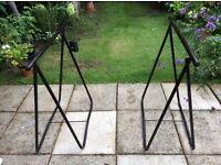 Tressle table. Black top brown tressles