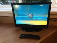 """Luxor 19"""" HD lcd dvd freeview combi tv"""