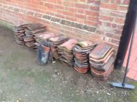 Approx 100 reclaimed pantiles