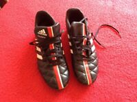 Adidas 11questra Football boots Size 8 £15